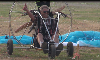 Skydance paramotor tour Thailand april 2014